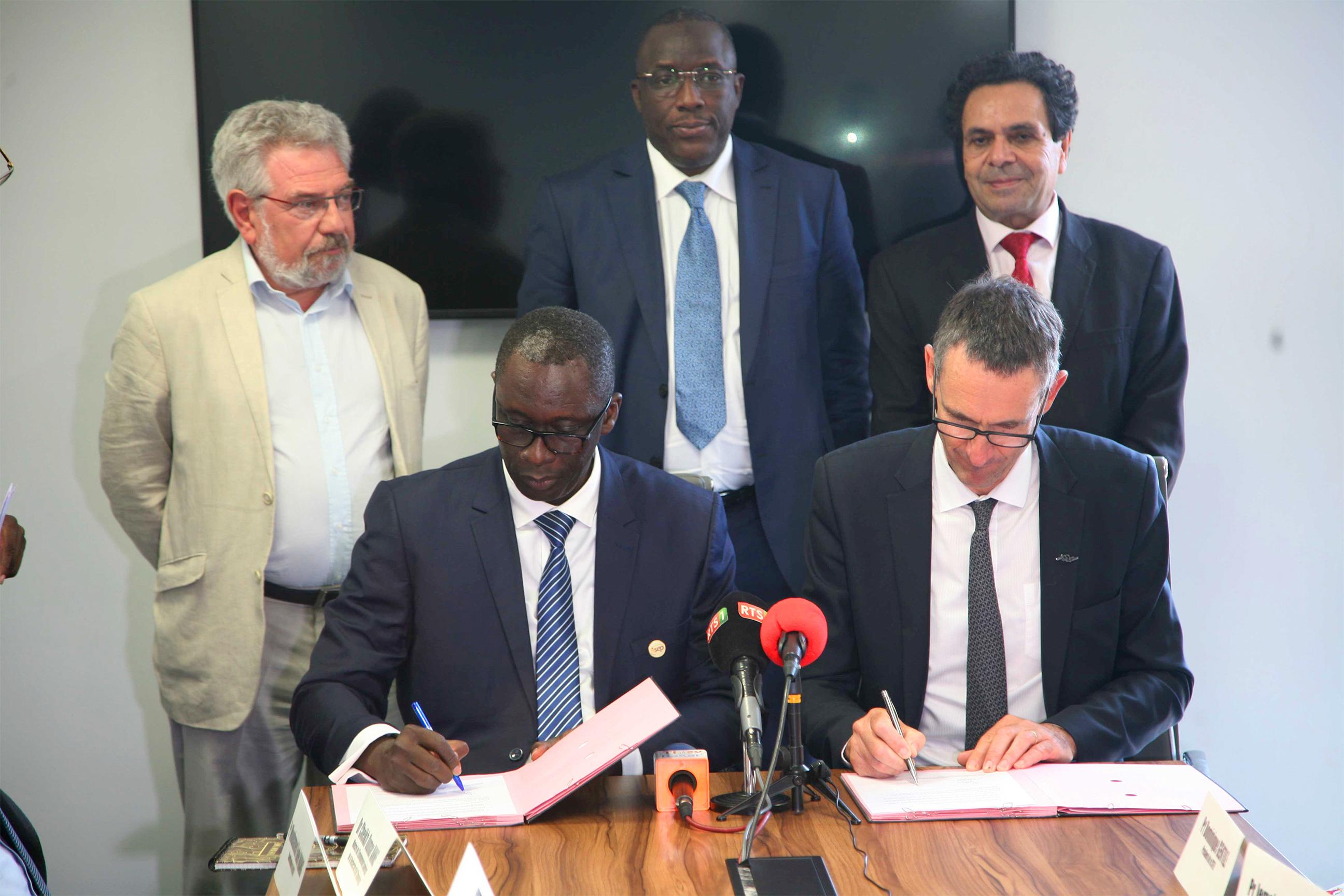Le RISEP signe des accords-cadres